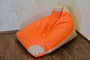 Kott-tool koju või kontorisse lõõgastus lesimine